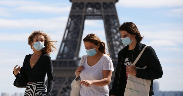 A francia oltásellenesek azt hiszik, már Pasteur is tudott a koronavírusról