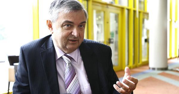 Kökény Mihály: az államnak azonnal ingyenes ellenanyagmérést kell ajánlania a Sinopharmmal beoltottaknak