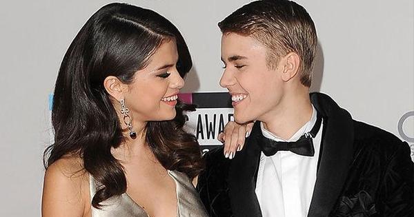 selena gomez elkezdte randevúzni Justin Bieberrel