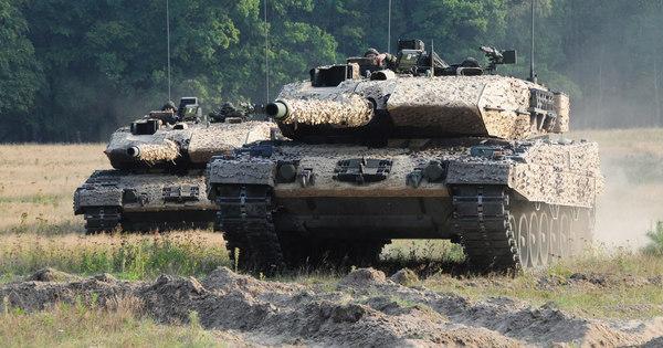 Európában béke van, de szükség van fegyverekre