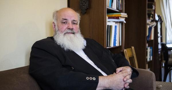 A történelmi egyházak hallgatásukkal támogatják a kormány Iványi Gáborékkal szembeni bosszúhadjáratát