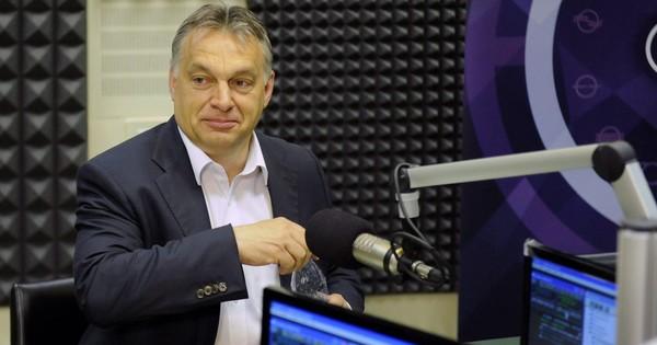 Orbán is rásegített a Meseország… elleni támadásokra