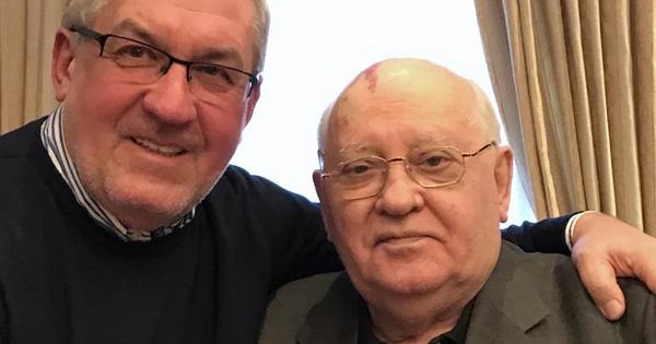 Gorbacsov titkait osztja meg egy könyvben személyes ismerőse, Zolcer János
