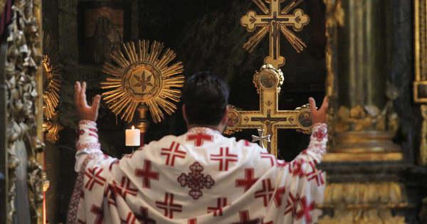 A trón és az oltár…
