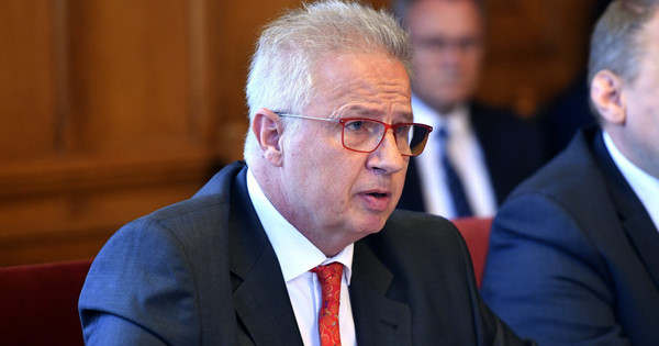 A Fidesz képviselője beperelt egy zsidó szervezetet – nagyot bukott