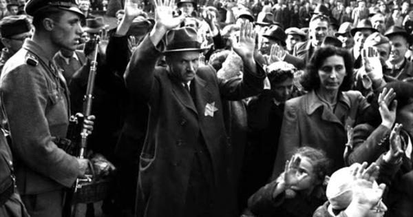 A budapesti gettó felszabadítására emlékeznek